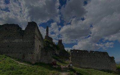 Hrady a zrúcaniny: Kam na západnom Slovensku?